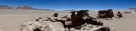 Felsformationen am Rande der Wüste Siloi