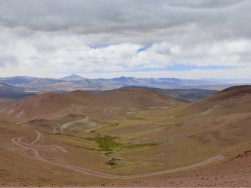 kurvenreicher Weg zum Abra del Acay