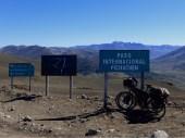 'Paso Pichachén', Passhöhe und Grenze zwischen Argentinien und Chile