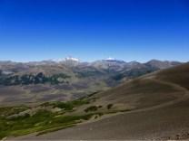Gletscher und Vulkane. Auf der Passhöhe eröffnen sich neue Welten!