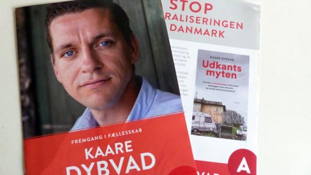Kaare Dybvad lille trick: At reklamere for sin bog - og ikke sig selv - i tv.