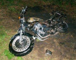 Brandvæsnet rykkede i nat ud til en brand i en motorcykel. Foto: Freelancefotografen.dk