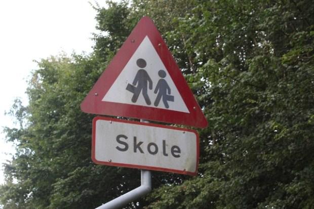 To børn blev torsdag morgen chikaneret på vej til skole. Arkivfoto: Artikelbureauet.dk