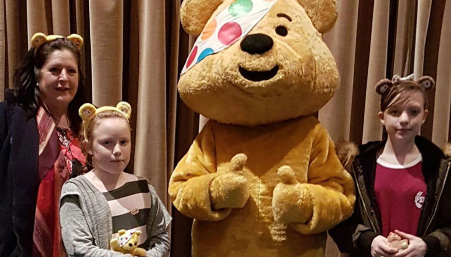 Children-in-need-Pudsey-with-kids