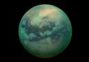 A Titán harca