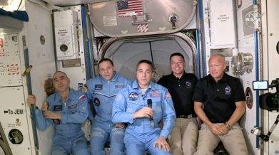 Történelmet írhat ma a SpaceX - S01E03 - dokkolt az Endeavour