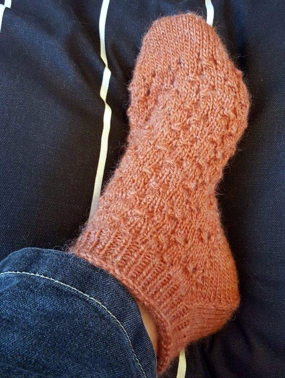 orange-lace-patterned-sock-10jun16-two