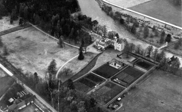 abergeldie-from-above-1950-b