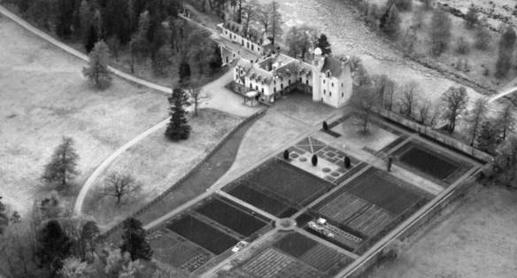 april-1948b-abergeldie