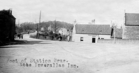 foot-of-station-brae-inverallan-inn