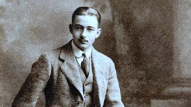 AJG-Murray-H-1908-1912-700x1063