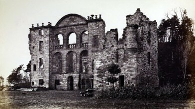 Craighall castle ruin (1)