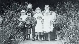 Allison family 1896