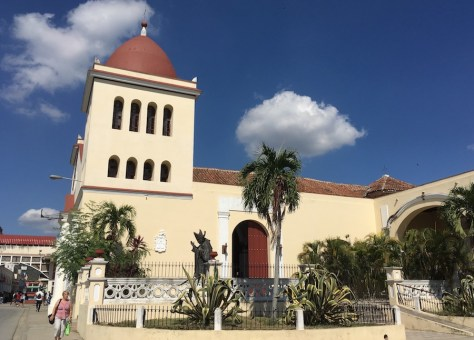 catedralholguinlateral