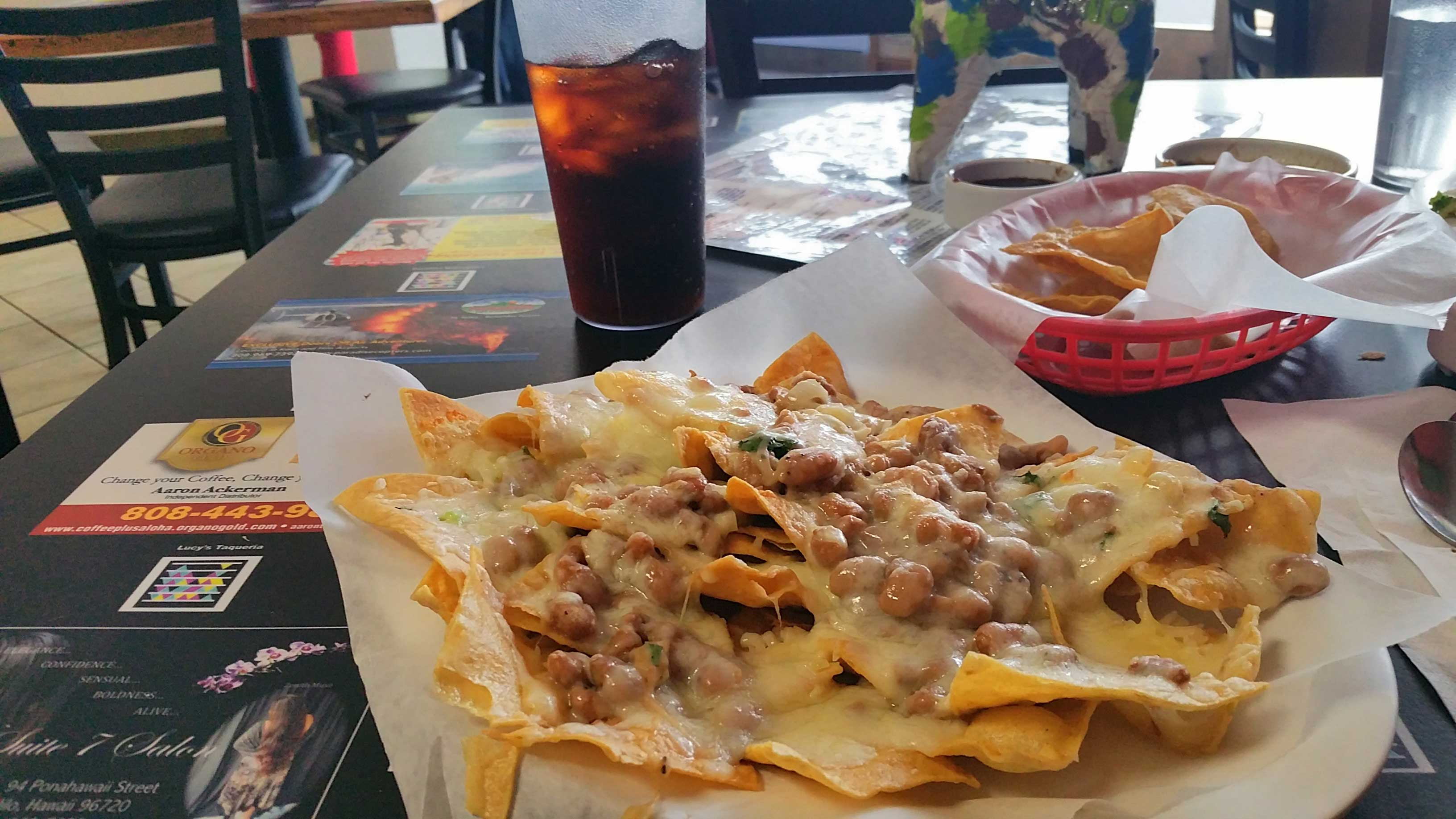 An Ode to Lucy's, the best restaurant in Hilo (and other money-saving tips for Hawaii)