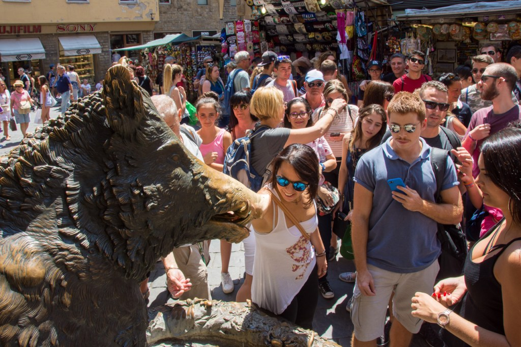 Florence in High Season: Porcellino and Mercato Nuovo