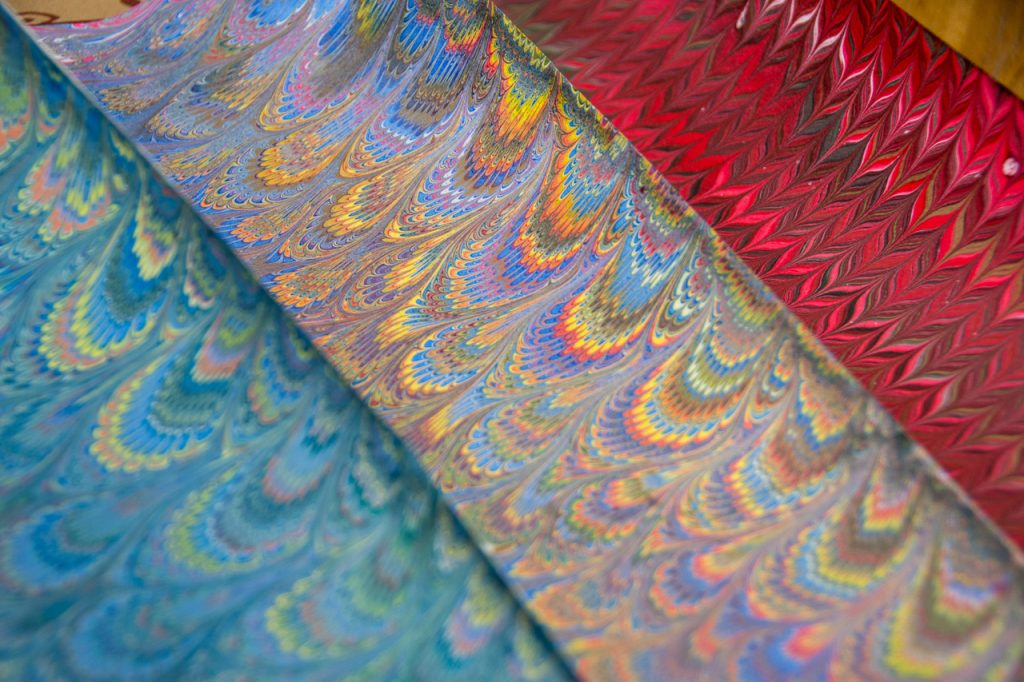 marbled paper shopping in Florence