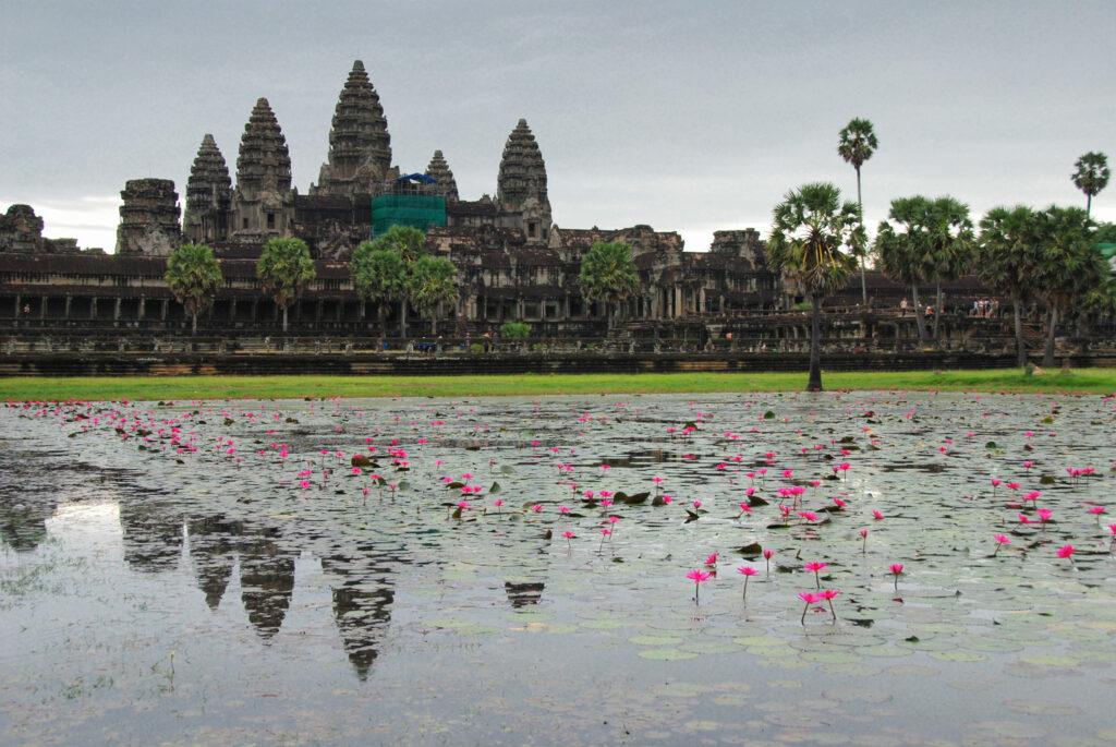 Uncrowded Angkor Wat - ANgkor Wat at sunrise