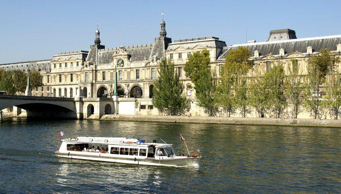 11-Darwish-Holidays-Swiss-Paris-Delight-River-Seine-Cruise