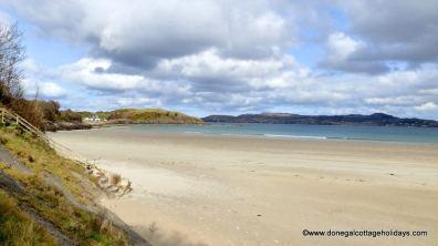Portnablagh Holiday Home - beach at Portnablagh