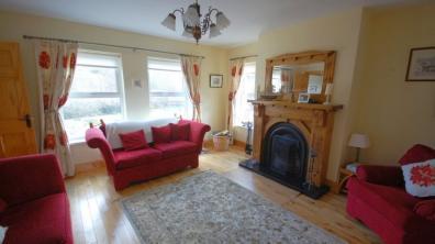 Portnablagh Holiday Home - living room