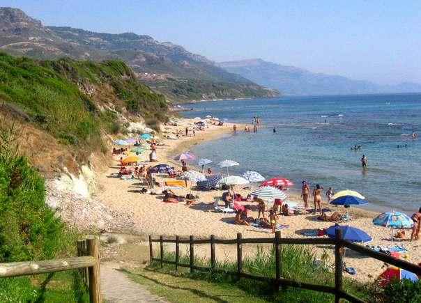 Отдых на острове Сардиния - Альгеро, пляж Спьяджа-делль-Сперанца