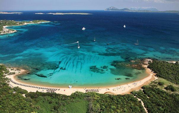 Отдых на острове Сардиния - изумрудный берег