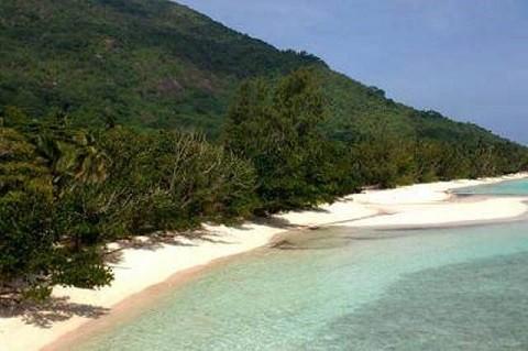 отдых на Сейшельских островах, остров Силуэт - дикий пляж