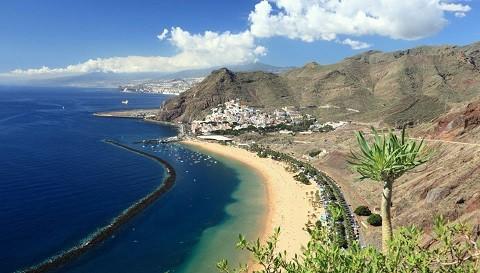Отдых на островах Испании, остров с самой большой плотностью населения на канарском архипелаге очаровательный Гран Канария