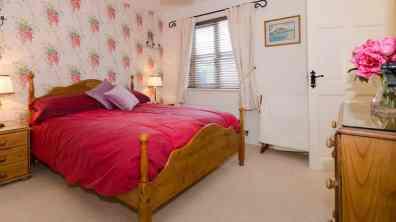 Clearwaters11 - ground floor ensuite bedroom