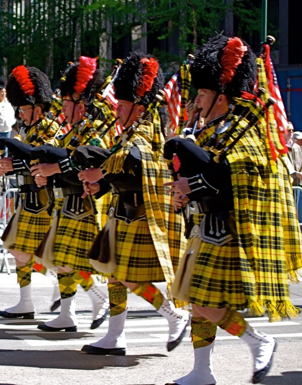 Quick Queue: Tartan Day