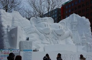 US National Snow Sculpting Week - Snow Sculpture - Mickey and