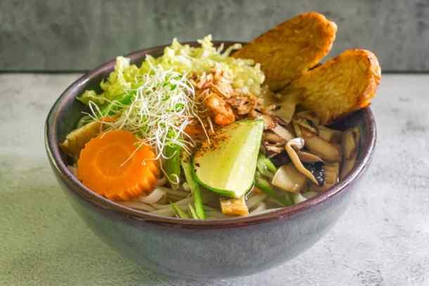 Vietnamese-pho-noodle-soup-in-a-bowl