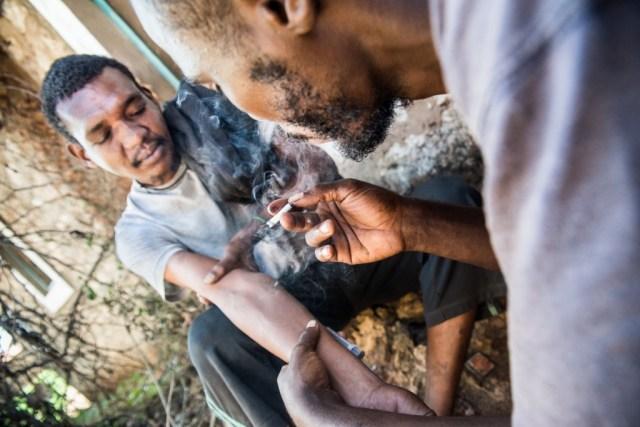 Shooting-drugs-Kenya.jpg