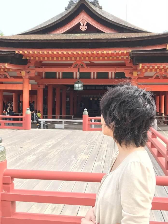 厳島神社本殿と私