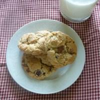 Chocolate Chip Twix Cookies