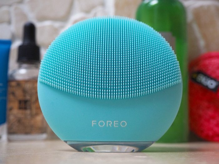 FOREO LUNA mini 3 Winter Essentials