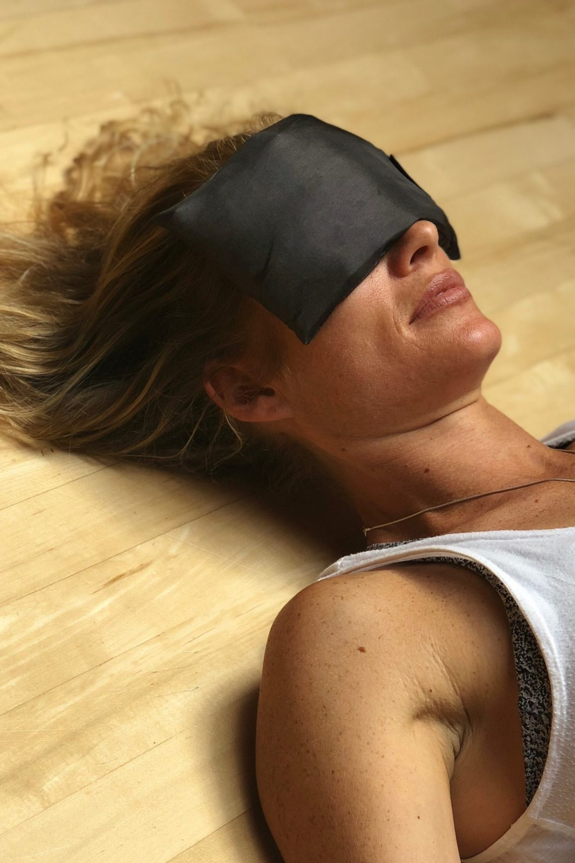 blindfolded breathing meditation