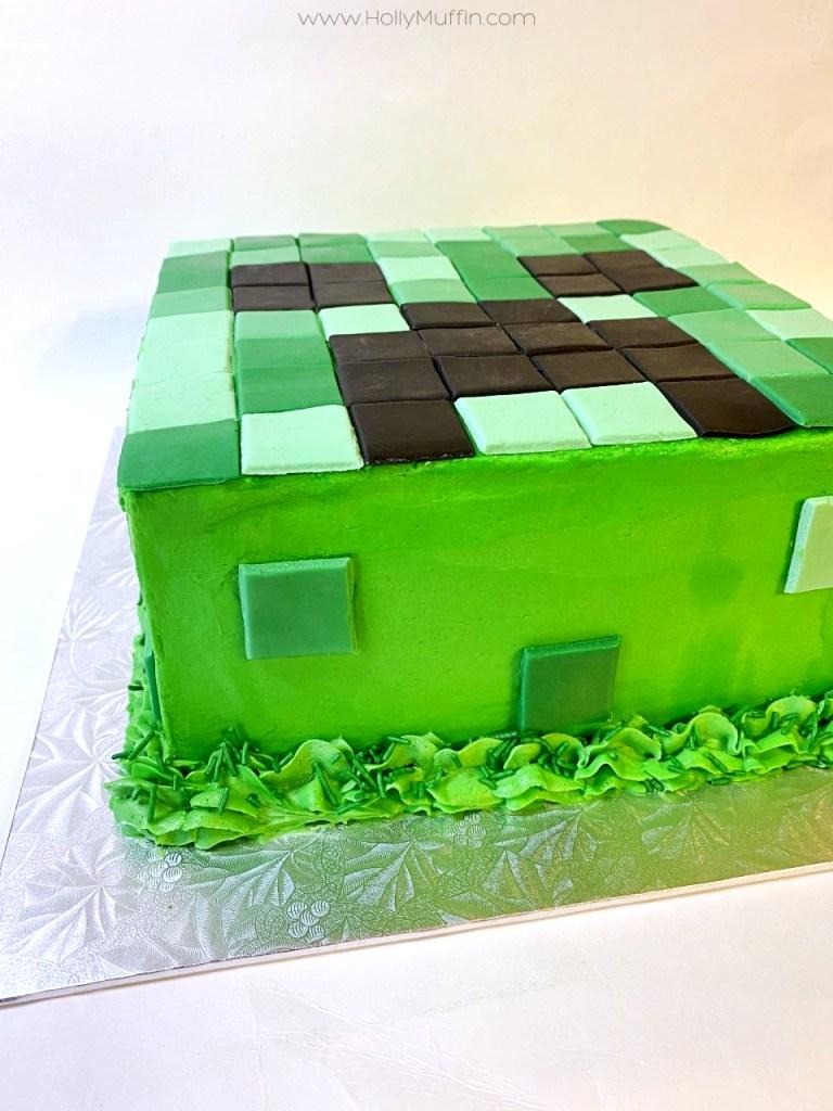 Easy Minecraft Creeper Cake