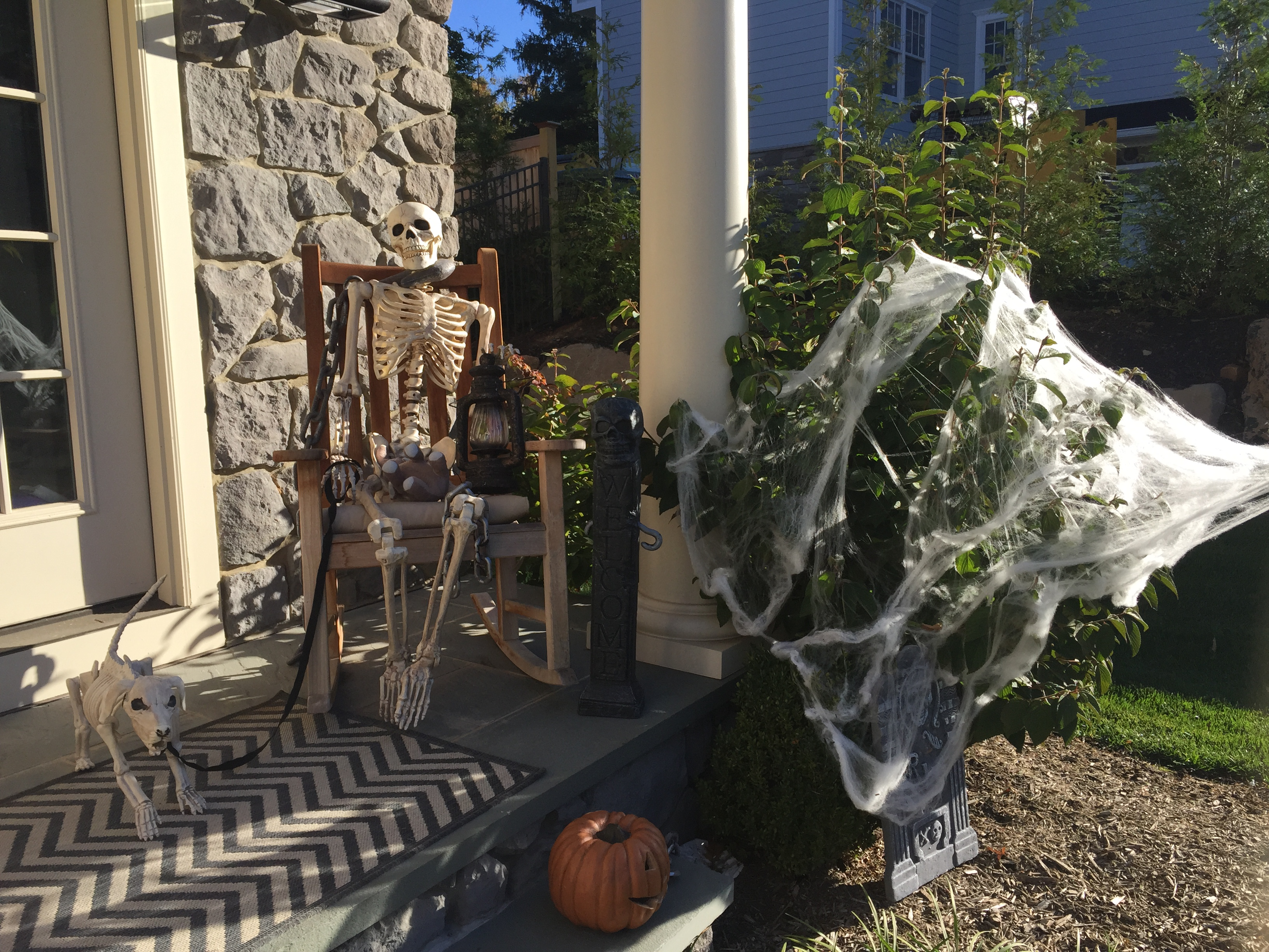 Let's Boycott Halloween House Decorating to Make Halloween More Simple