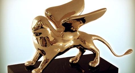 golden-lion-prize-venice-825x450