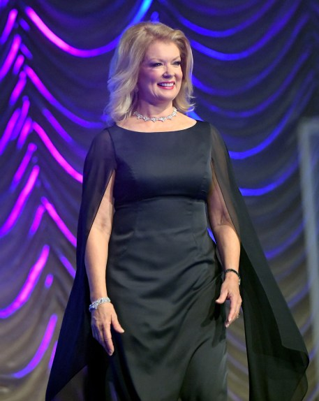 PALM SPRINGS, CA - JANUARY 02: Host Mary Hart onstage at the 28th Annual Palm Springs International Film Festival Film Awards Gala at the Palm Springs Convention Center on January 2, 2017 in Palm Springs, California. (Photo by Charley Gallay/Getty Images for Palm Springs International Film Festival)