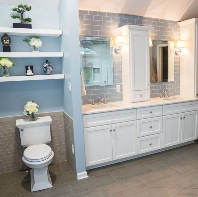 Jack and Jill Bathroom with Private Water Closet