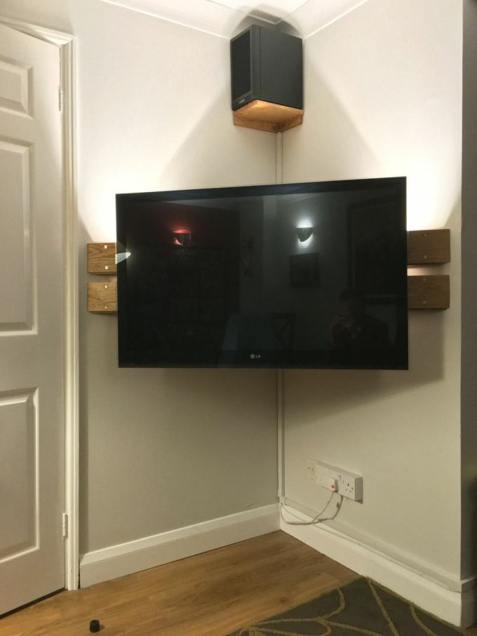 Floating Corner Small TV Stand