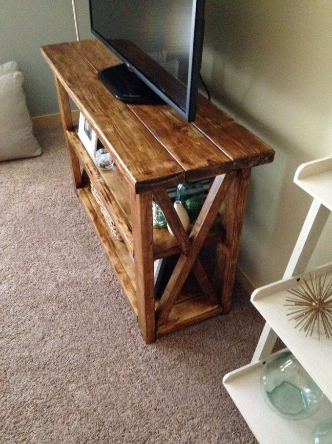 Glossy Finished TV Stand