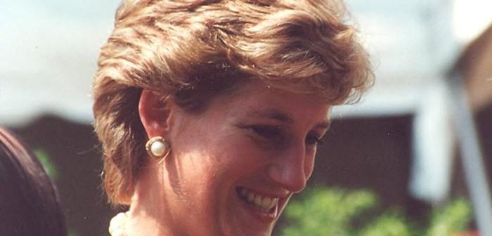 Interview bracht reeks gebeurtenissen op gang die eindigde met haar dood – Werd prinses Diana misbruikt door BBC?