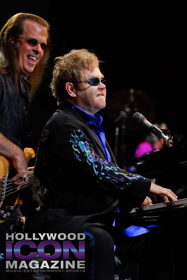 Sir Elton John Yakima Sundome © JB Brookman Hollywood Icon Magazine-18f