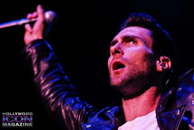 Maroon-5-Santa-Barbara-Bowl-©-2010-JB-Brookman-Photography-Hollywood-Icon-Magazine-18fhim-1024x685
