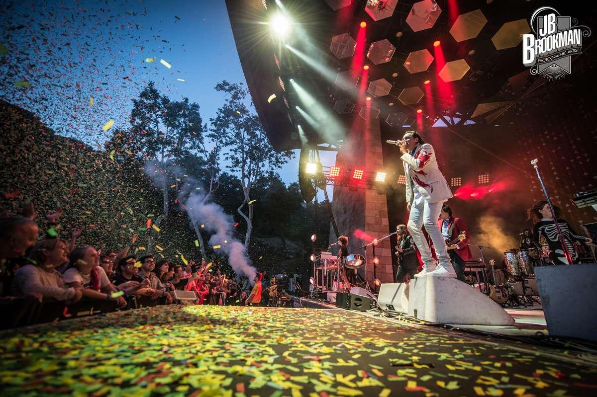 Arcade Fire Wakes Up Slumbering Santa Barbara Bowl (Photos)