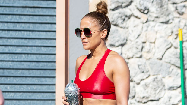 The Best Workout Sets For Women To Shop For To Make You Look Like J.Lo At The Gym